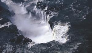 Pantera Negra tem cena nas Cataratas do Iguaçu; destino já apareceu em outros filmes
