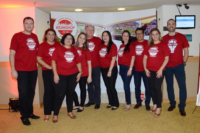 Equipe da MMTGapnet no primeiro dia de eventos no Novotel Jaraguá