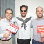 Felipe Pezzoni, da Banda Eva, com Marcius Moreno e Frederico Pedreira, da Avianca