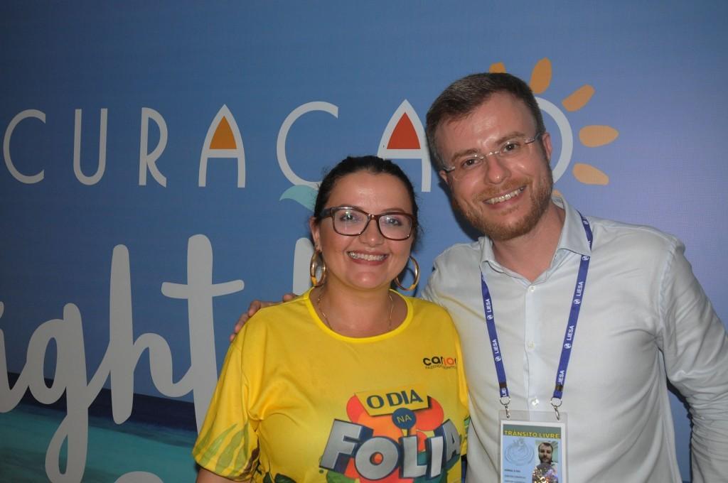Janaina Araujo, de Curaçao, e Daniel Penalva, do camarote O Dia na Folia