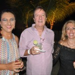 Jo Postes, da Iberostar, com João Zamaroni e Sandra Zamaroni, , da Zum Brasil Eventos.
