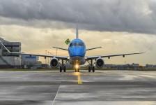 KLM investe mais de US$ 2,4 bilhões em 21 E195-E2s