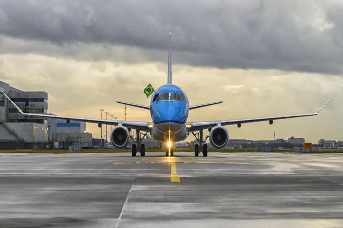 KLM + Embraer 1 cópia