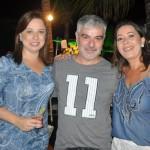 Luciene Xavier e Renata Leite, da Iberostar, com Evandro Gemelgo, da Turnet