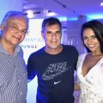 Orlando Giglio, da Iberostar, com Mário Antonio, da Trend e sua esposa, Aline Lima