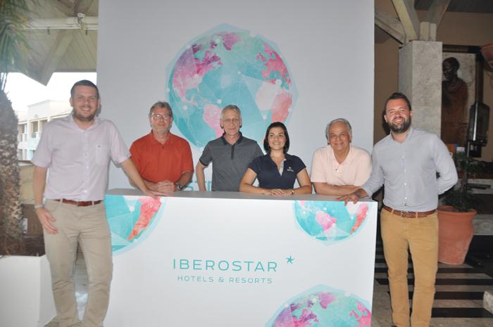 Ramón Girón (Iberostar Praia do Forte), Jesús Bosque (diretor de operações da Iberostar Brasil), Winfried August (Iberostar Gran Amazon), Elaine Accacio (gerente de marketing), Orlando Giglio e Arnaud Le Lanchon (Iberostar Bahia)