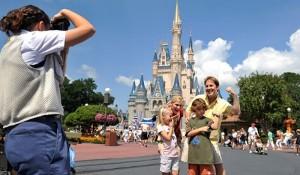 CVC faz promoção com ingresso grátis para Disney