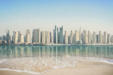 Visto para Emirados Árabes torna-se gratuito e passa a ser feito na chegada