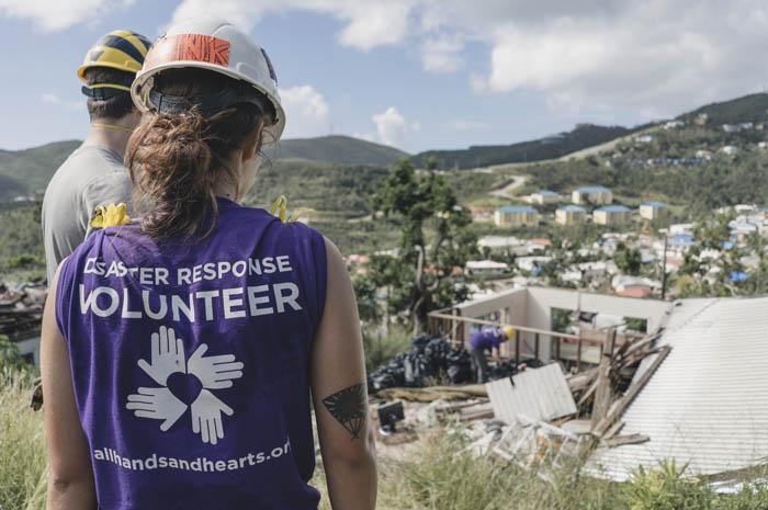 Norwegian Cruise Line Holdings Ltd. alcança a meta de US $2.5 milhões em fundos para a campanha da Hope Starts Here para socorro aos furacões. Créditos All Hands and Hearts