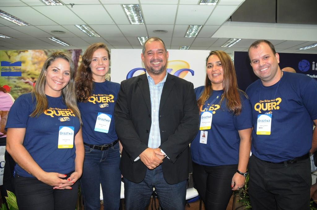 Carla Santos, Bruna Castro, Adriano Gomes, Melissandra Soares e Roberto Ferreira, da CVC