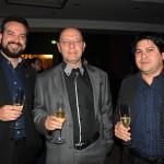 Ciro Júnior e Jorge Bartz, do Wyndham Foz, com Nilson Rocha, gerente geral do Nobile Suites Manaus Airport