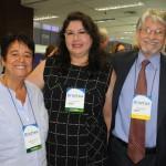 Cristina Fritsch, presidente da ABAV-RJ, Milagros Ochoa, do Peru, e Miguel Andrade, da Transmundi