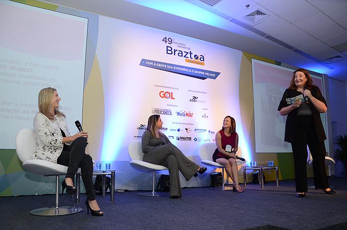 Debate sobre presença feminina em cargos de liderança