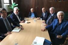 General Braga Netto se reúne com lideranças turísticas no RJ