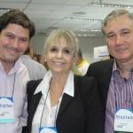 Lucas Lima e Jandyra Coutinho, da MK Travel, com Luiz Strauss, da Sindetur-RJ