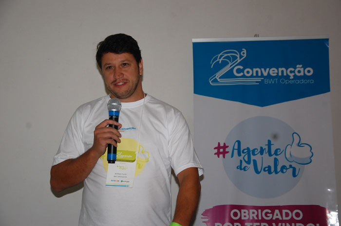 Adonai Filho abrindo o segundo dia de palestras e rodada de negócios da Segunda Convençao BWT