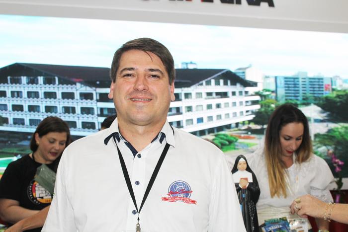 Alex Bonareti, gerente Comercial do Beto Carrero World