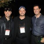 Alex dos Santos e Diego Floriano, da Schultz, e Anderson Ricci, da Kalina Viagens