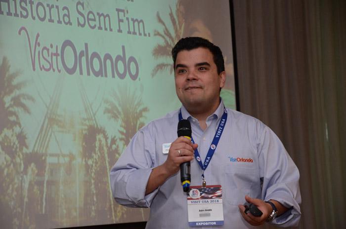 Andre Almeida, do Visit Orlando
