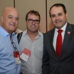 Andre Machado, da Swan Hoteis, Luis Carlos Mendes, do Hotel Consulte, e Roberto Bertino, presidente do Nobile