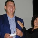 Aroldo Schultz foi presenteado pela prefeita de Petrópolis-RJ