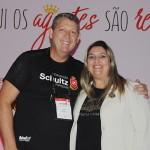 Aroldo Schultz, presidente da Schultz, e Carla Cecchele, diretora de Vendas da RCD no Brasil