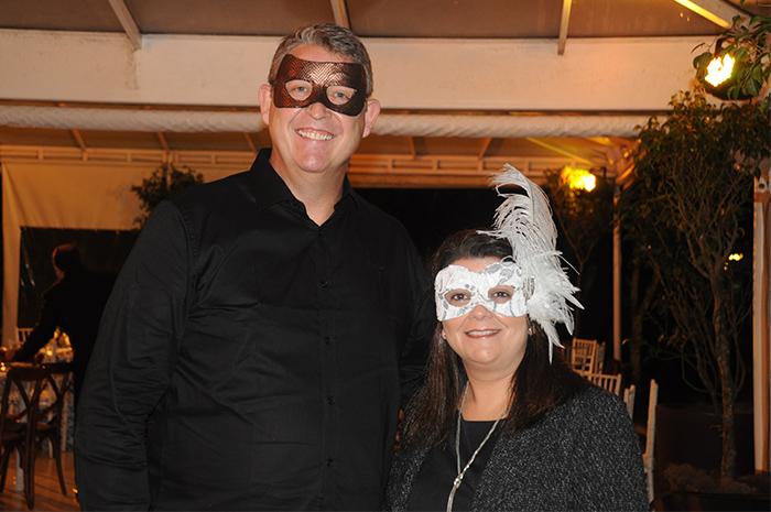 Aroldo Schultz, presidente, e Ana Santana, diretora da Schultz no Brasil