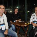 Atila Ferreira, da Doce Ilha Turismo, com Suelen Marques e Donizete Furtado, da Madeira Turismo
