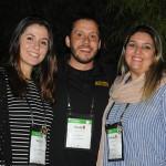 Cauê Castro, de Fort Lauderdale, com Jéssica Silva e Carla Cecchele, da RCD Hotels