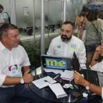 Cleiton Feijó, da Assist Card, com Anderson Masetto e Mari Masgrau, do M&E
