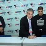 Fernando Santos assina contrato para a realização da convenção Aviesp 2018