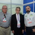 Fernando Santos, presidente da Aviesp, com Roy Taylor e Anderson Masetto, do M&E