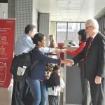 Gargioni recebe os passageiros do primeiro voo de SP para Vitória (ES)
