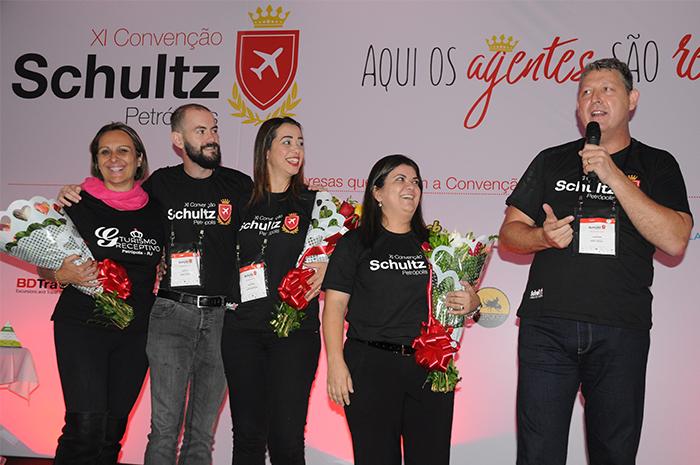 Gisele Goulart, do G&G Receptivo de Petrópolis, Rafael Turra, da Vital Card, Denise Farjalla e Ana Maria Santana, da Schultz