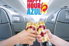 Após Happy Hour no verão, Azul passa a servir cerveja de forma regular