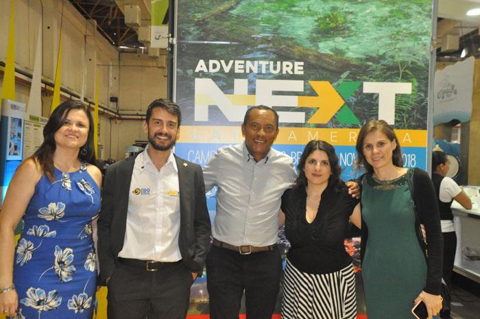 Laura de Miranda, Bruno Wendling e Juliana Salvadori (à direita), do turismo de Mato Grosso do Sul, com Humberto Pires da Embratur (ao centro), e Gabriella Stowell, da ATTA