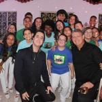 Leonardo Randolfo, presidente do Instituto Municipal de Cultura e Esporte de Petrópolis-RJ (IMCE), e Aroldo Schultz, da Schultz, com coral de Petrópolis-RJ