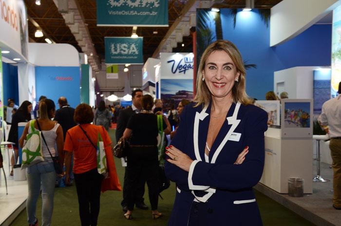 Luciane Leite, da WTM-LA