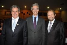 Posse de Vinicius Lummertz no MTur reúne trade em Brasília; veja fotos