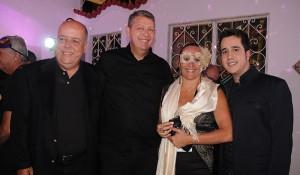 Schultz encerra 11ª Convenção com baile de máscaras em Petrópolis-RJ; veja fotos