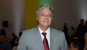 Márcio Santiago é reeleito presidente do Brasil CVB