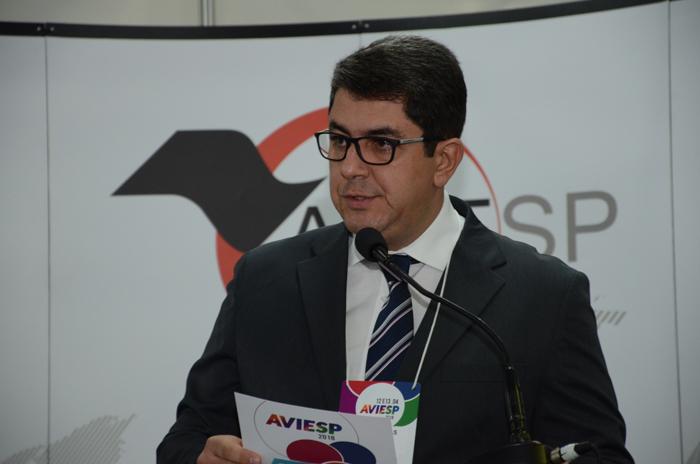 Marcos Lucas, vice-presidente da Aviesp, foi o mestre de cerimônia da abertura