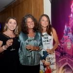 Mari Masgrau, do M&E, entre  Isabele De La Monte e Zdenka Conflant, da Disneyland Paris