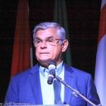 O governador Eduardo Pinho Moreira