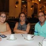 Rita Parise, Vera Jatagiba, com Marcelo Sá, da Novos Conceitos Viagens