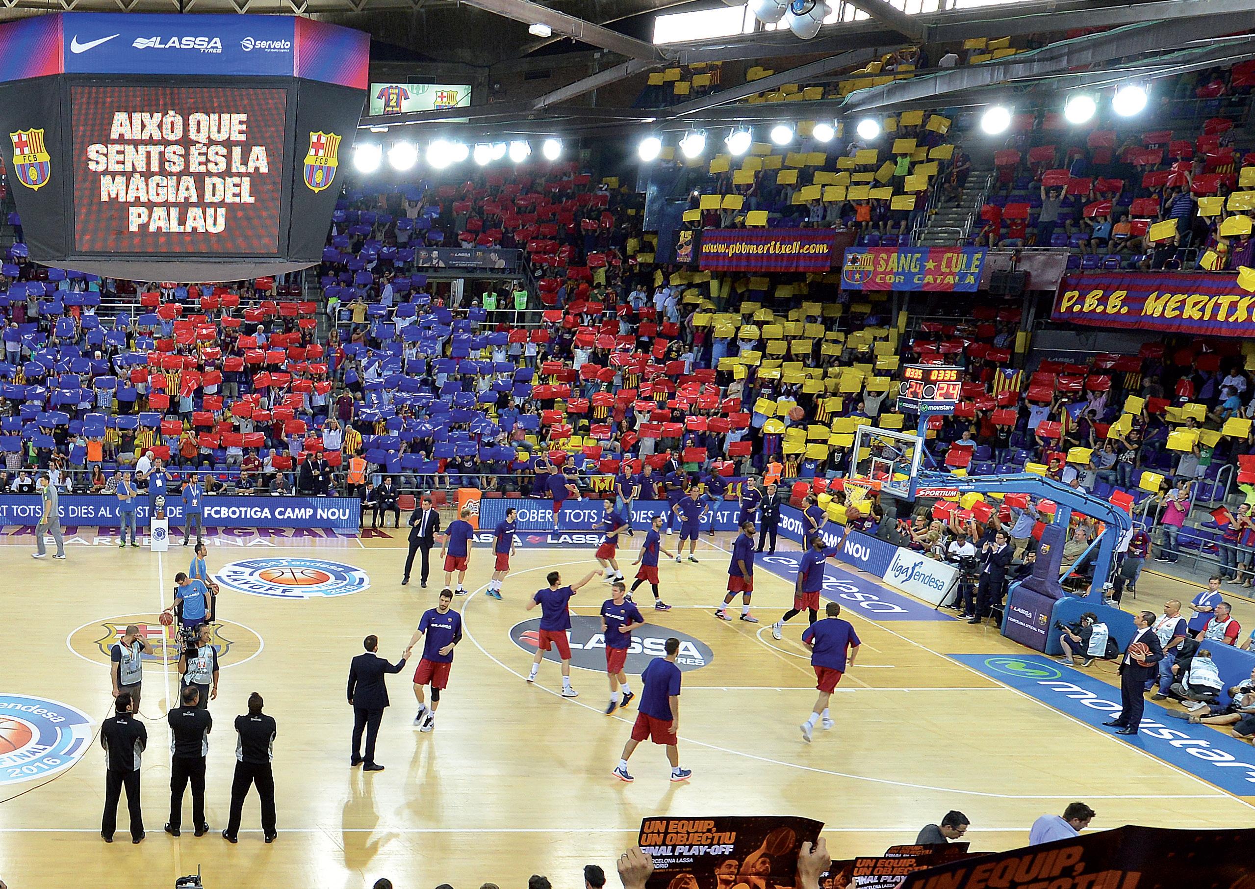 Time de basquete do Barcelona, mostrando a versatilidade da marca