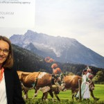 Claudia Mitchell, do turismo da Bavaria