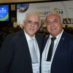 Dilson Jathay Fonseca, do Catussaba Hotel, e Osmar José Vailatti, da ABIH-SC