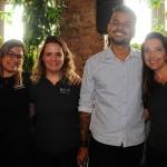 Leandro Brito, do Infinitas Travel, ao lado de Daniela Cunha, da Avianca, Talita Moran e Adriana Machion, do Meliá, ganhou passagens domésticas da Avianca