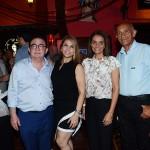Manoel Linhares e Morgana Linhares, com Carla Neves e Edilson Baldez